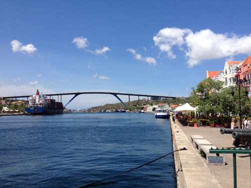 Smoking bridge at Curacao and as you can see, some really blue ocean and some clean air!