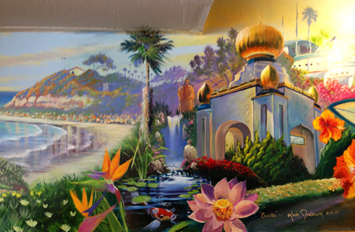This is a mural that just got completed and it's a visual tour of some of the cool things in Encinitas. If you want to see the whole thing plus eat a killer breakfast go to Honey's in downtown Encinitas. We'll probably see you there!