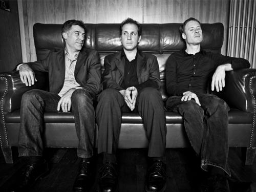 The Larry Goldings trio.