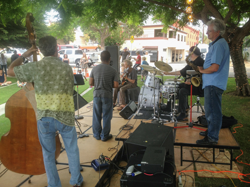 Good Vibrations in Leucadia with Gunnar, Leonard, Peter, Duncan and Tripp. photo by Rick Sokol